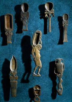 Ancient Egyptian Toiletry items: spoons for cosmetic colored powders. Egyptian civilization, New Kingdom.
