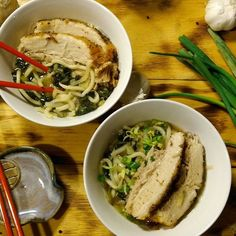 I took the Fortune Asian Noodle Blogger Challenge and threw in some good ole Southern classics...pork belly, collard greens, and bourbon. Yes, BOURBON!! #Fortune #ChefYaki *pics courtesy of @freeze_frame_fotos