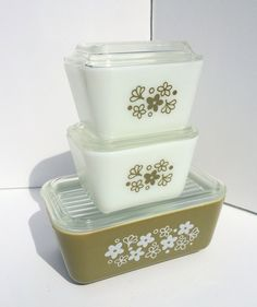 Vintage Pyrex Refrigerator Dishes Spring Blossom Green, Crazy Daisy, Avocado, Set of 3 with Lids, 501, 502 Fridgies