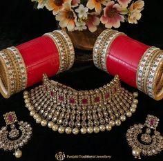 Indian Bridal Jewelry Sets, Bridal Bangles, Indian Bridal Outfits, Bridal Accessories, Indian Jewelry, Jewelry Accessories, Wedding Chura, Wedding Ties, Bridal Chuda