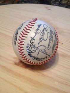 Mn Twins baseball signed by whole team