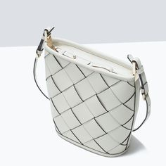 #zara #leather crossbody bag in #white