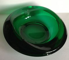 retro vintage heavy sklo union emerald green glass ashtray bowl - some damage on the underside a biggish flake off underneath shown in the pictures its not very deep and could be polished out - otherwise perfect Displays beautifully Old Factory, Emerald Green, 1960s, Retro Vintage, Old Things, Stones, Gems, Display, Beautiful