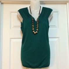 ($5 if bundled 3+) Dressy Top  Sheer shoulders and soft top, green. Looks so much better in person  The Limited Tops