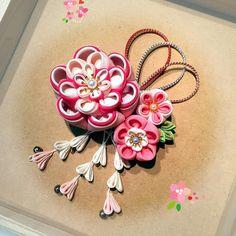いいね!5件、コメント1件 ― @kiiko18のInstagramアカウント: 「こちらは帯飾りにしました^ ^ #つまみ細工 #成人式 #帯飾り」