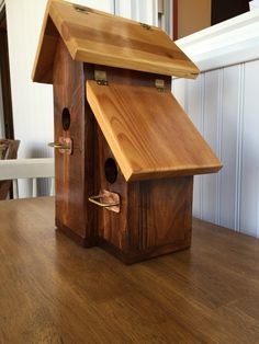 Double Peak Birdhouse by GreatGrandGifts on Etsy BRL Bird House Plans, Bird House Kits, Cool Bird Houses, Modern Birdhouses, Bird House Feeder, Bird Feeders, Birdhouse Designs, Diy Birdhouse, Bird Aviary