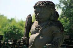Dvarapala at Prambanan temple (Indonesia) | Dvarapala au temple de Prambanan (Indonésie) | Dvarapala en el templo de Prambanan (Indonesia)