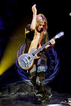 Doug Aldrich (Dio, Whitesnake, Hurricane, House of Lords, and Bad Moon Rising)