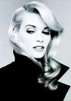 Model: Elle Macpherson, Vogue Australia, March 1995. Photographer: Andrew Macpherson