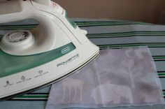 How and When to Use Interfacing - need to research this when making t-shirt quilt (what weight of interfacing, if it's the best option for old, thin tees). -bj 7/7/14