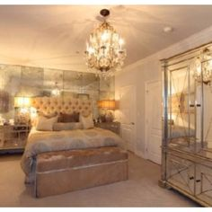 Kim Kardashians Bedroom Is Totally How Our Next Style If We Ever Move!