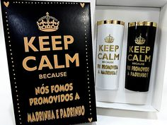 Caixa Presente Lembrança Padrinho Madrinha Quantidade: 1 Caixa Dupla Prazo de Postagem: 1 dia útil Cada Caixa Decorada contém: 1 Copo Fui Promovida a Madrinha (branco) e Padrinho (preto) ou 1 Copo Fui Promovida a Madrinha (cristal) e Padrinho (cristal) Copo de 350ml com borda dou... Drink Sleeves, Whiskey Bottle, Party, Wedding, Inspiration, Best Man Wedding, Marriage Invitation Card, Mariage, Crystal