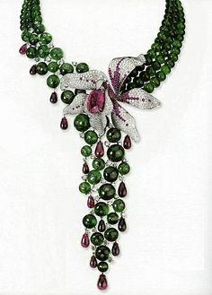 Necklace - Creative use of Color & Design...