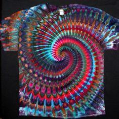 Diy Tie Dye Shirts, Dye T Shirt, Tie Dye Tutorial, Ty Dye, Color Mixing Chart, Tie Dye Crafts, How To Tie Dye, Ice Dyeing, Tie Dye Patterns