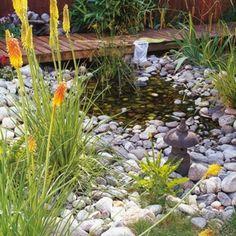 Awesome 40 Philosophic Zen Garden Designs : 40 Philosophic Zen Garden Designs With Natural Stone Sands And Pond And Hardwood Floor And Garden Decoration