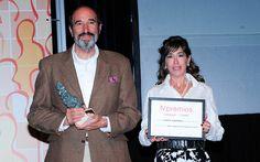 IV Premios Castilla y León Económica. Premio a la Mejor Operación Empresarial: Alfonso Pérez-Andújar, promotor y director de Fuente Humorera; y Luisa Alcalde, directora comercial de Castilla y León Económica.