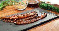 Préparer du bacon laqué à l'érable et aux épices à steak pour la collation ou le brunch du dimanche... Lard, Recipies, Food And Drink, Lunch, Breakfast, Food La, Steak, Parfait, Fine Dining