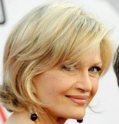 Charming Women hairstyles shaved life,Pixie hairstyles ondulado and Wedge hairstyles street styles. Medium Short Hair, Girl Short Hair, Medium Hair Styles, Short Hair Styles, Short Pixie, Short Wavy, Pixie Cuts, Stylish Short Haircuts, Bob Haircuts For Women