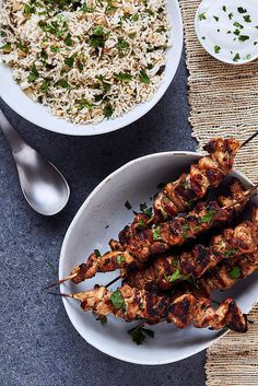 Moroccan Mint Rice with Spiced Chicken Skewers http://tasty-yummies.com/2016/09/06/moroccan-mint-rice-with-spiced-chicken-skewers/