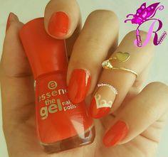"""هذه #أظافر اليوم  Simple Lace Heart Nails using Essence-The Gel Nail Polish #17 in """"Juicy Love"""""""