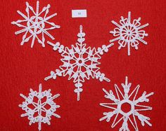 Gehäkelte Schneeflocken - set 12 Tree Skirts, Creative, Christmas Tree, Kids Rugs, Etsy, Holiday Decor, Home Decor, Crochet Snowflakes, Things To Do