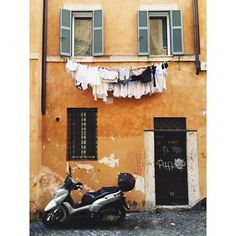 Laundry day in #Rome.