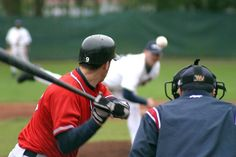 Workout Program to Improve Your Baseball Hitting Power What Is Baseball, Baseball Boys, Baseball Players, Softball, Sports Themed Birthday Party, Sports Party, Basketball Drills, Basketball Games, Benefits Of Sports