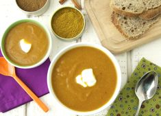 Spiced Carrot Cauliflower Soup from @weelicious looks so good + healthy!