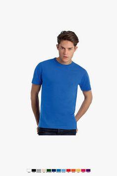 T-shirt unisexo de manga curta em malha jersey. Corte amplo e tubular. Duplo rib com pesponto a 2 agulhas. Pesponto duplo nas mangas e bainha. Malha de gramagem superior.