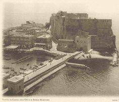 FOTOGRAFIA, SPORT, DIVERTIMENTO, PASSIONE DI ALFREDO LUONGO : NAPOLI CASTEL… Historical Images, Naples, Old Photos, Italy, Retro, Travel, Painting, Vintage, Art