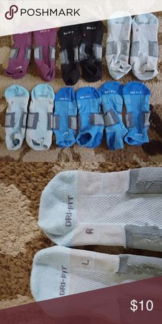 Nike dri-fit socks Six pair Arch support running socks. Heavy compression for high activity. These are great for sports like fencing. Originally over $14 per pair. Condition dictates the low price. Lots of life left, but my feet grew in pregnancy. Bundle or offer with sport clothing bundle. Nike Accessories Hosiery & Socks