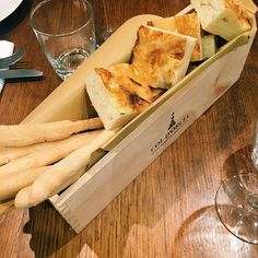 Hand made milk focaccia and grissini for our degustation dinner. #mantecato #italian #traditional #focaccia #grissini #degustation #roma #dinner #special #winebox #coldorcia @coldorcia #balmain #sydney -