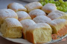 Easy Cake : The perfect universal yeast dough for a variety of cake pie, Berliner or b . Low Carb Lunch, Low Carb Breakfast, Low Carb Desserts, Low Carb Recipes, Czech Recipes, Ethnic Recipes, Low Carb Brasil, Easy Cake Decorating, Desert Recipes