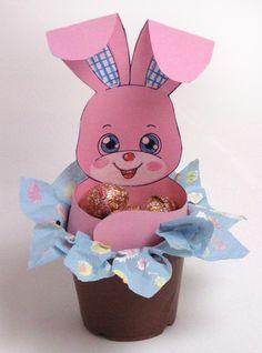 Húsvét - nyuszi ajtó-csokoládé tojás Easter Arts And Crafts, Bunny Crafts, Diy Arts And Crafts, Spring Crafts, Preschool Crafts, Kids Crafts, Basket Crafts, Diy Gift Box, School Decorations