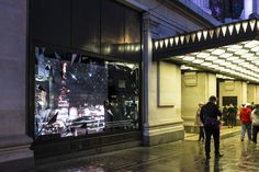 Hi everyone, I was lucky enough to be asked by Icon World to provide animated backdrops for Vertu at the world famous Selfridges store on London's Oxford St.