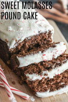This Sweet Molasses Pound Cake tastes like Christmas in Molasses Cake, Molasses Recipes, Just Desserts, Dessert Recipes, Icing Recipes, Party Desserts, Dessert Ideas, Muffins, Pumpkin Spice Syrup
