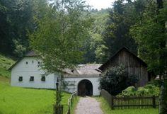 Waldviertelhof - Dreiseithof – Wikipedia