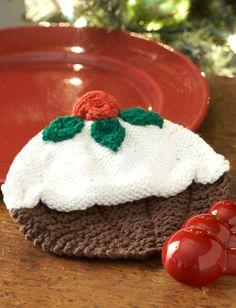Yarnspirations.com - Lily Christmas Pudding Dishcloth - Patterns  | Yarnspirations