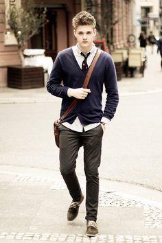 H Cardigan, Polo Ralph Lauren Tie, Farah Vintage Shirt