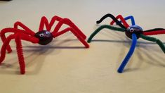 Halloween Dekoration: einfache Kastanien-Spinne - mit etwas Hilfe auch von Kleinkindern schnell gebastelt! Halloween Crafts, Halloween Decorations, Crafts For Kids, Future, Projects, Spider, Dekoration, Crafts For Children, Log Projects