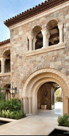 Tuscan design – Mediterranean Home Decor Mediterranean Architecture, Mediterranean Home Decor, Spanish Style Homes, Spanish House, Tuscan Style Homes, Style At Home, Tuscan House, House Goals, Home Fashion