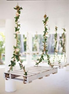 53 cute spring wedding ideas for our favorite season - Boho & Ru . 53 sweet spring wedding ideas for our favorite season - Boho & Rustic Wedding Photo shooting deco . Wedding Swing, Wedding Table, Diy Wedding, Rustic Wedding, Wedding Venues, Wedding Flowers, Dream Wedding, Wedding Day, Trendy Wedding