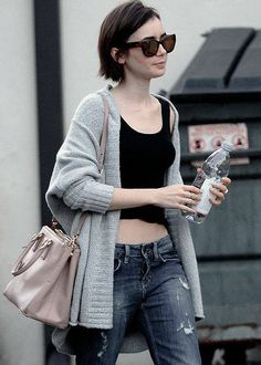 Lily Collins out and about in LA // Lily Collins Short Hair, Lily Collins Style, Short Hair Cuts, Short Hair Styles, Cooler Look, Casual Outfits, Fashion Outfits, Hair Inspiration, Style Me