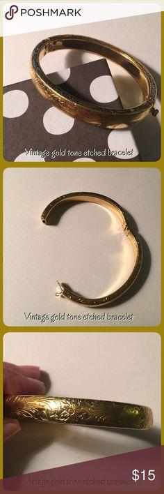 Vintage gold tone bracelet Vintage gold tone bracelet, no hallmark with beautiful etching Vintage Jewelry Bracelets
