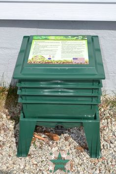 What is the Worm Factory 360 Vermicomposting System? Check out Our Review!
