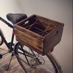 Learning to ride a bike is no big deal. Learning the best ways to keep your bike from breaking down can be just as simple. Bicycle Basket, Bicycle Art, Bicycle Design, Bike Baskets, Trike Bicycle, Wooden Bicycle, Cruiser Bicycle, Rear Bike Rack, Velo Cargo