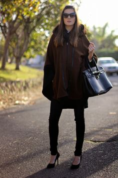 Marilyn's Closet - FASHION BLOG: Black and Brown Cape