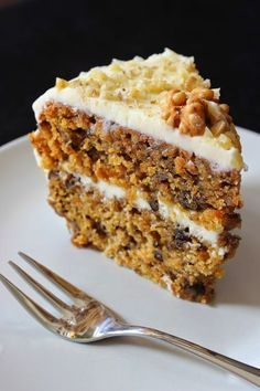 Blueberry and almond cake - HQ Recipes Sweet Recipes, My Recipes, Cake Recipes, Cookie Desserts, Just Desserts, Trish Yearwood Recipes, Almond Cakes, Sweet And Salty, Desert Recipes
