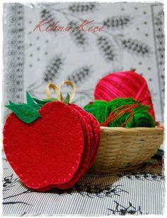 Felt apple cupholders & Keçe bardak altlıkları