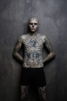 Rick Genest Cover Shoot for Rebel Ink Magazine (NSFW): Rick Genest - best known as Zombie Boy - has appeared on Rebel Ink Magazine's March 2013 cover. Rick Genest, Tattoo Pain, Get A Tattoo, Piercings, Tattoo People, Tattoo Aftercare, Inked Magazine, Cover Tattoo, Tatoos